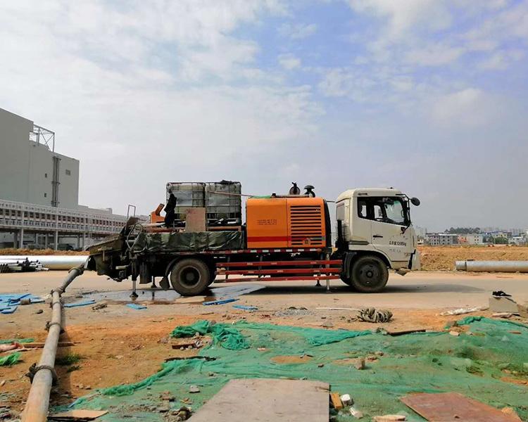 2014年三一10014车载泵