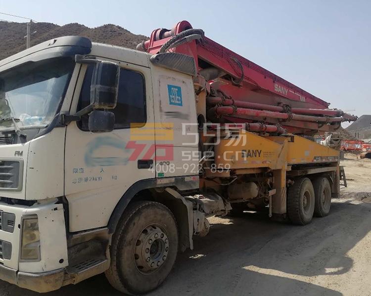 2009年三一沃尔沃37米泵车