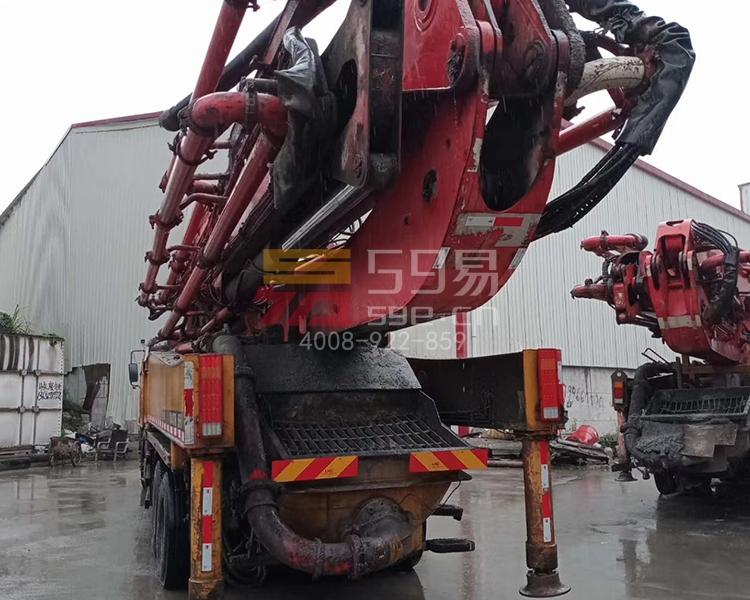 2013年三一五十铃56米泵车