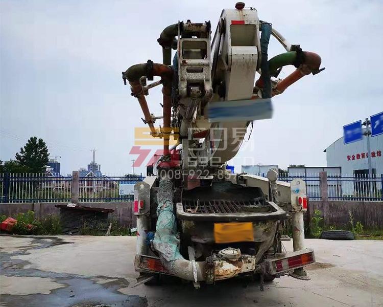 2014年中联奔驰40米泵车
