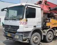 2009年三一奔驰46米泵车