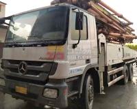 2013年中联奔驰49米泵车