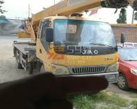 2011年柳工8吨汽车吊(4节臂)