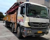 2013年三一奔驰C8系52米泵车