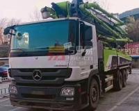 2018年6月中联奔驰49米泵车