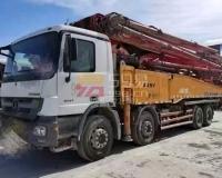 2013年三一C8奔驰56米泵车