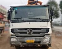 2012年中联奔驰47米泵车