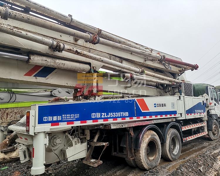 2012年中联五十铃47米泵车