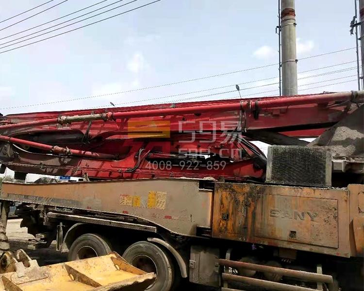 2013年3月三一五十铃46米泵车
