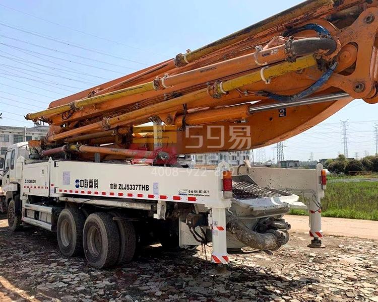 2013年10月中联五十铃47米泵车