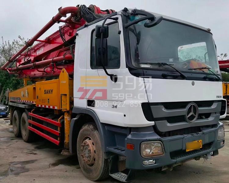 2011年三一奔驰37米泵车