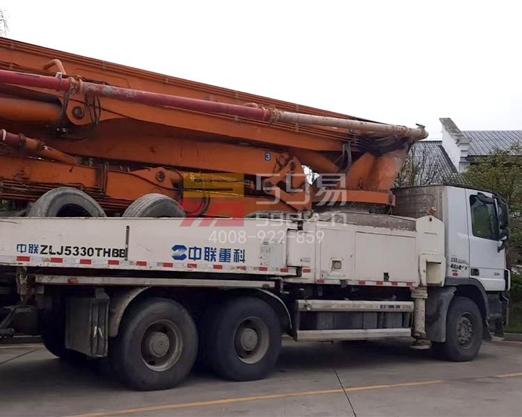 2014年中联奔驰49米泵车(6节臂)
