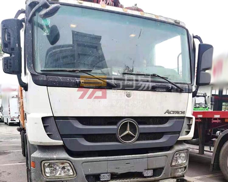 2014年12月三一奔驰49米泵车
