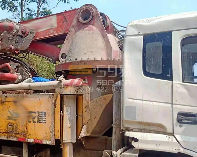 2016年农建33米泵车