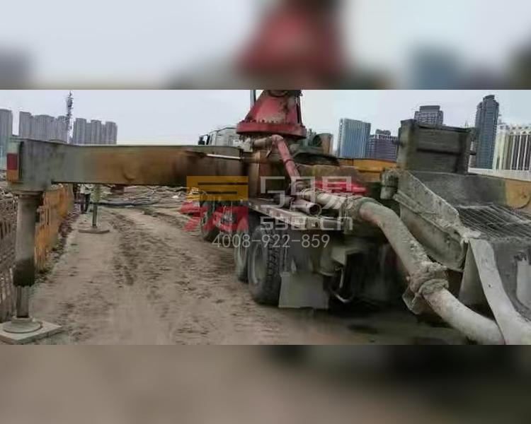 2009年三一五十铃40米泵车