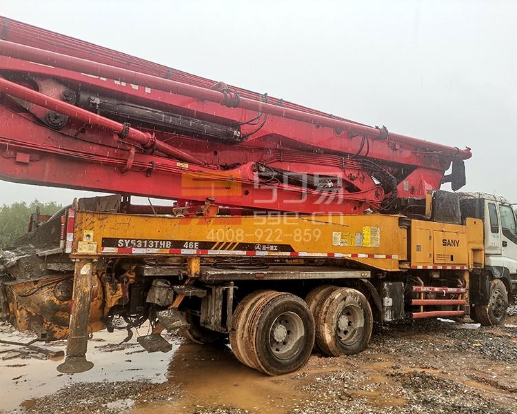 2011年三一五十铃46米泵车