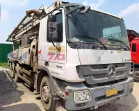 2011年中联奔驰47米泵车