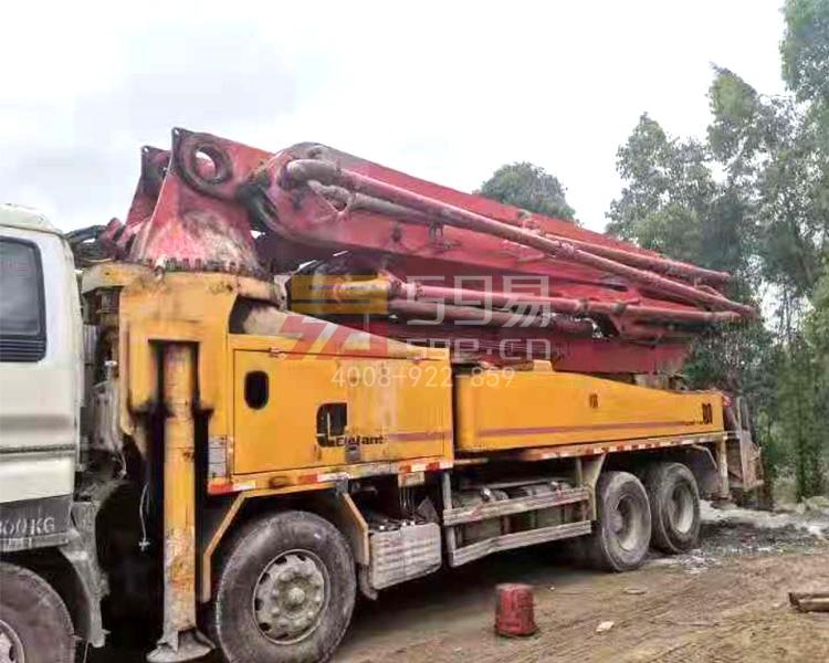 2013年大象五十铃46米泵车