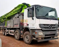 2017年6月中联奔驰52米泵车