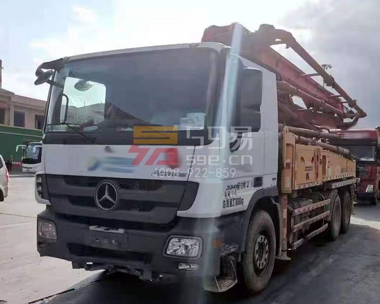 2015年三一奔驰底盘38米泵车
