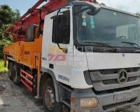 2012年12月三一奔驰49米泵车