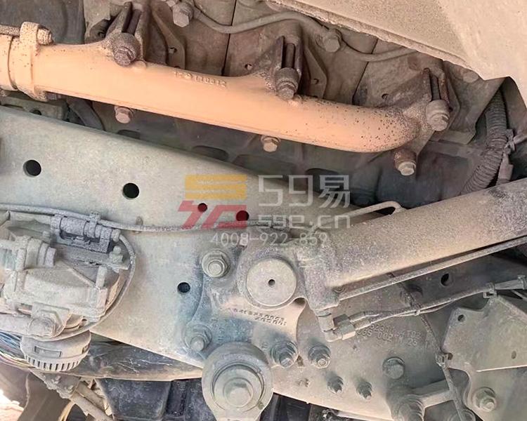 2013年三一奔驰56米泵车
