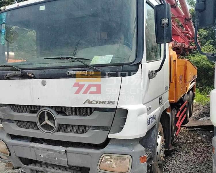 2012年11月三一奔驰49米泵车