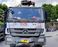 2013年1月中联奔驰47米泵车