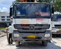2013年中联奔驰47米泵车